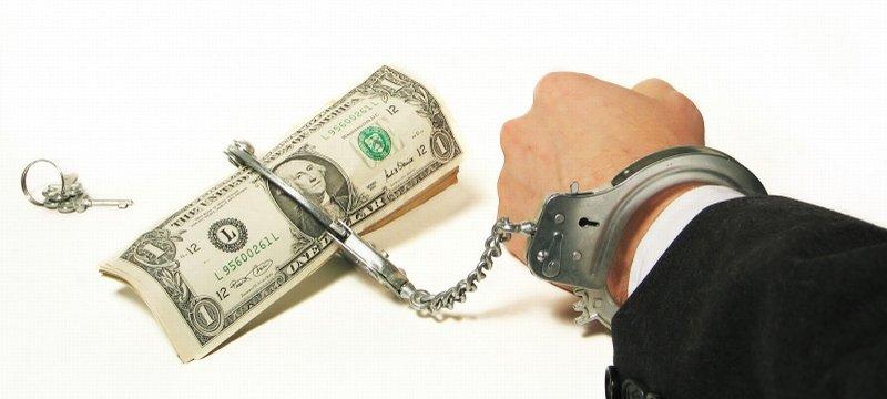 Транжиры и скупердяи: от чего зависит наше отношение к деньгам?