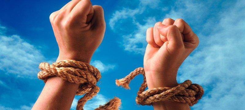 Выйти на свободу: 4 вида зависимостей и как их избежать